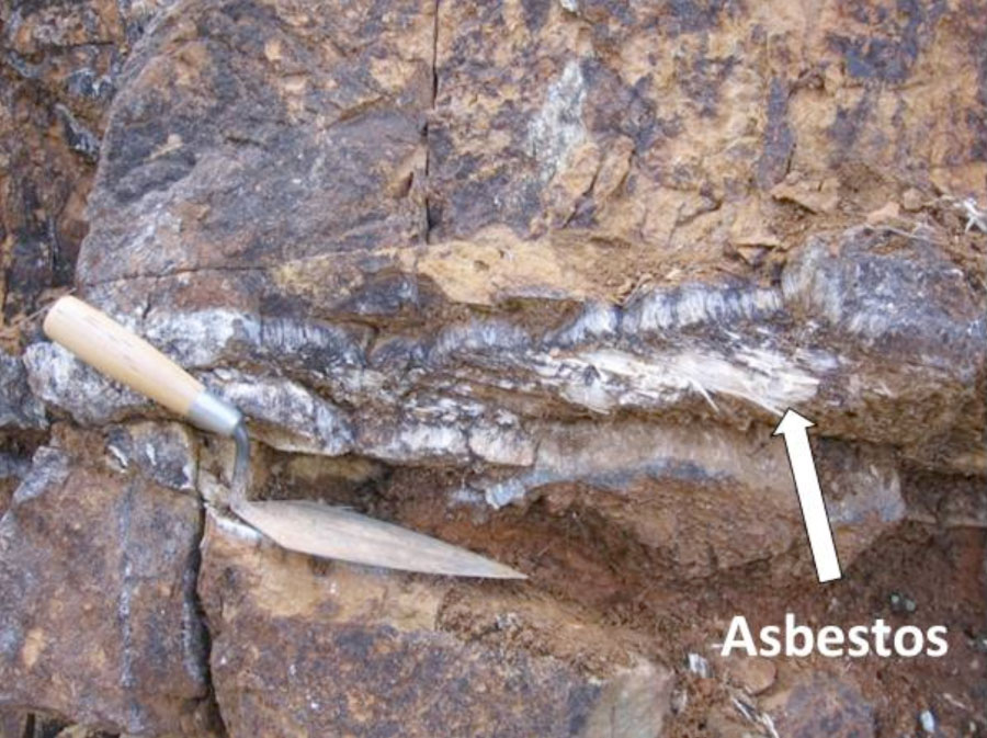 Asbestos Mining In Us : Rock types forest trail explorer